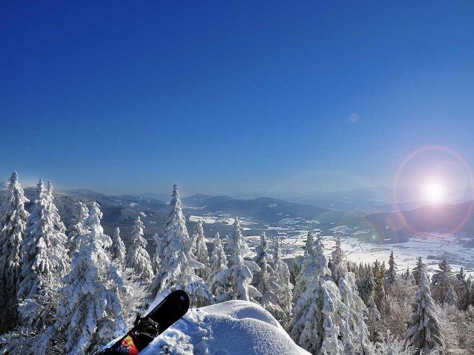 Ausblick vom Skigebiet Eck-Riedelstein ins Tal