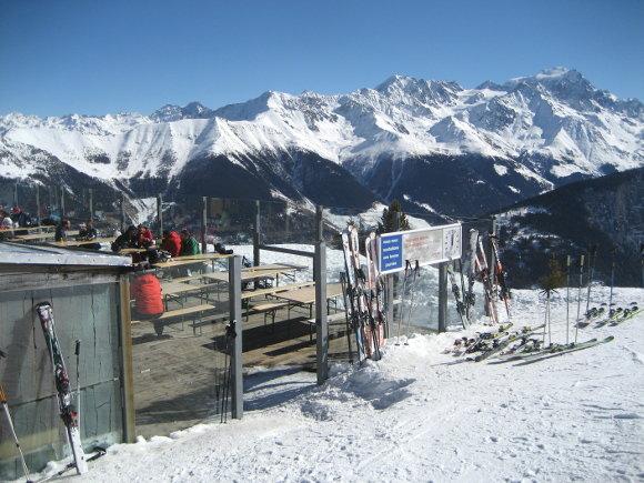Das Skigebiet Champex-Lac bietet euch natürlich auch genügend Möglichkeiten zum Rasten und Entspannen. - © www.champex.ch