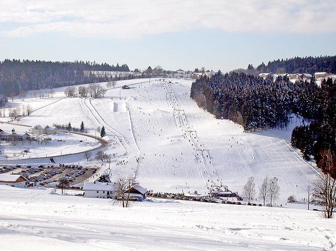 Skilifte Grün-Maibrunn bei Sankt Englmar - © www.skilifte-grün-maibrunn.de
