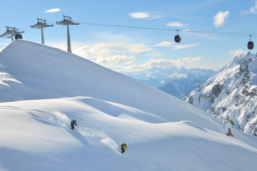 Freerider unterhalb der Flexenbahn Zürs (Arlberg) - © Sepp Mallaun - Vorarlberg Tourismus