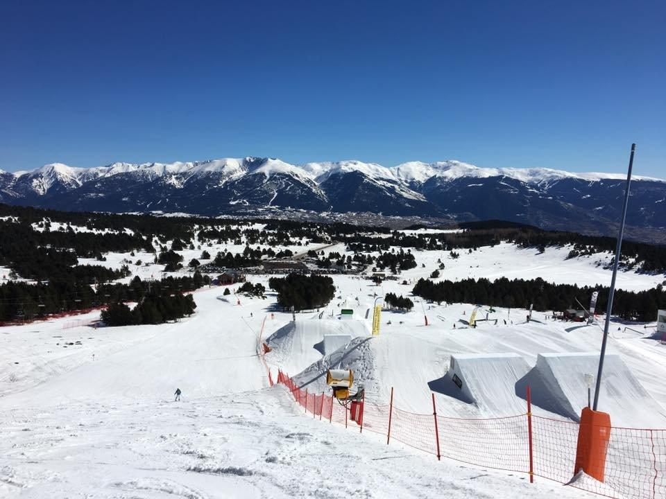 Le snowpark de Font-Romeu Pyrénées 2000 - © Station de Font-Romeu Pyrénées 2000