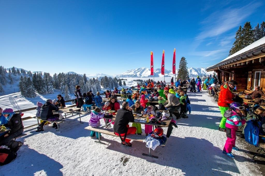 Das Skigebiet Grüsch-Danusa lädt auch zum Verweilen ein. - © gruesch-danusa.ch / Joh. Bärtsch ziitla.ch