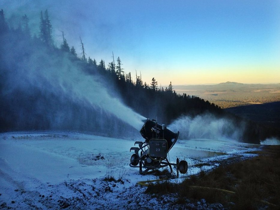 Arizona Snowbowl making snow in all the right places. - © Arizona Snowbowl