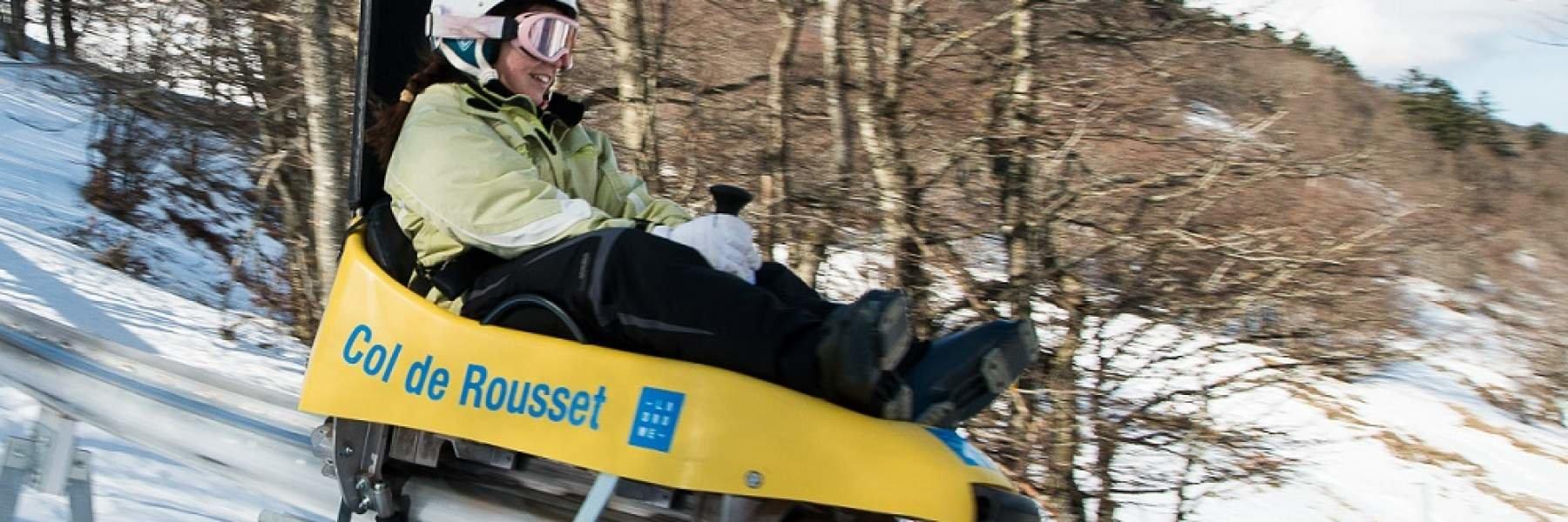 Sensations fortes garanties sur la piste de luge sur rail du Col de Rousset - © Conseil Départemental de la Drome