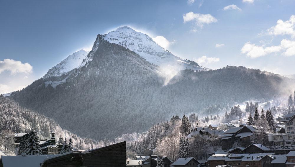 La Pointe de Nyon, montagne emblématique qui domine Morzine - © Jean Baptiste Bieuville