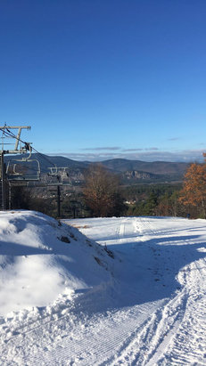 Cranmore Mountain Resort - Went there today and it was opening day and have to say that the conditions were fantastic! - © A skier