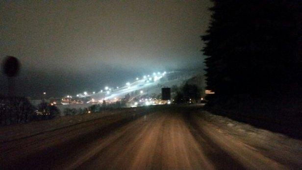 Zieleniec Ski Arena - Sezon otwarty, niedziela spędzona na stoku, warunki dobre. - © ?ukasz