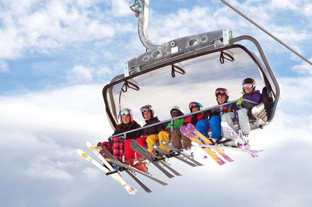 Plus rapide et plus confortable, le nouveau télésiège Jafferau 6 GIGANTE de Bardonecchia sera mis en service dès cet hiver - © Grafikplusfoto - Fotolia.com