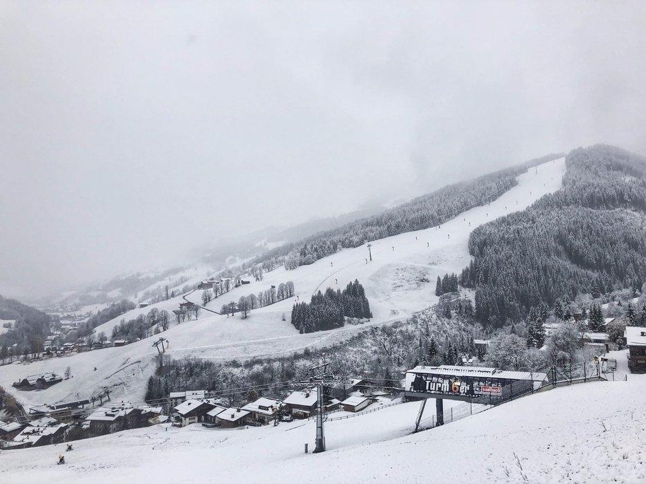 Auch in Saalbach-Hinterglemm sind die Hänge bereits weiß - © Saalbach Hinterglemm | facebook