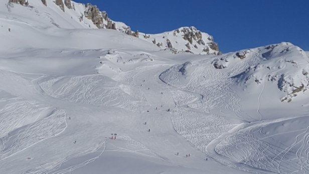 Tignes - Beautiful conditions - © Ron Walton