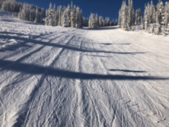 Lookout Pass Ski Area - Be careful out there! The grooming not flat, it's more like tubing channels that can send you flying and you can get hurt.  - © Freeski