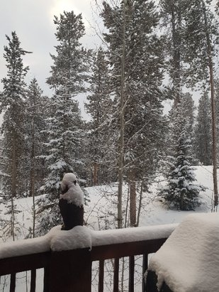 Breckenridge - It snowed overnight :) - © anonymous