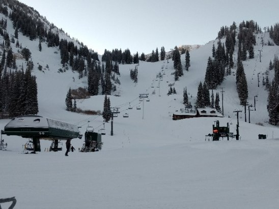Alta Ski Area - New snow on the 7th, 7 total and it was creamy. - © Earth Jacobs