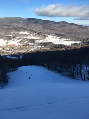 Stowe Mountain Resort - It was better than Saturday, still a lot of ice but at least less crowded plus a couple of black diamonds were open - © acb