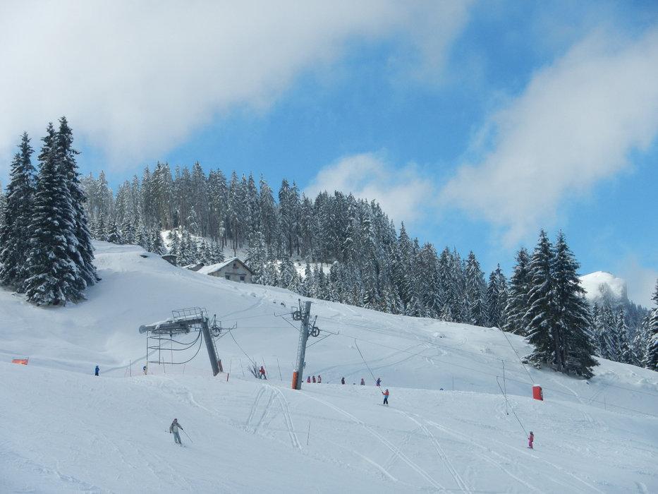 En route pour les pistes de ski de Bernex
