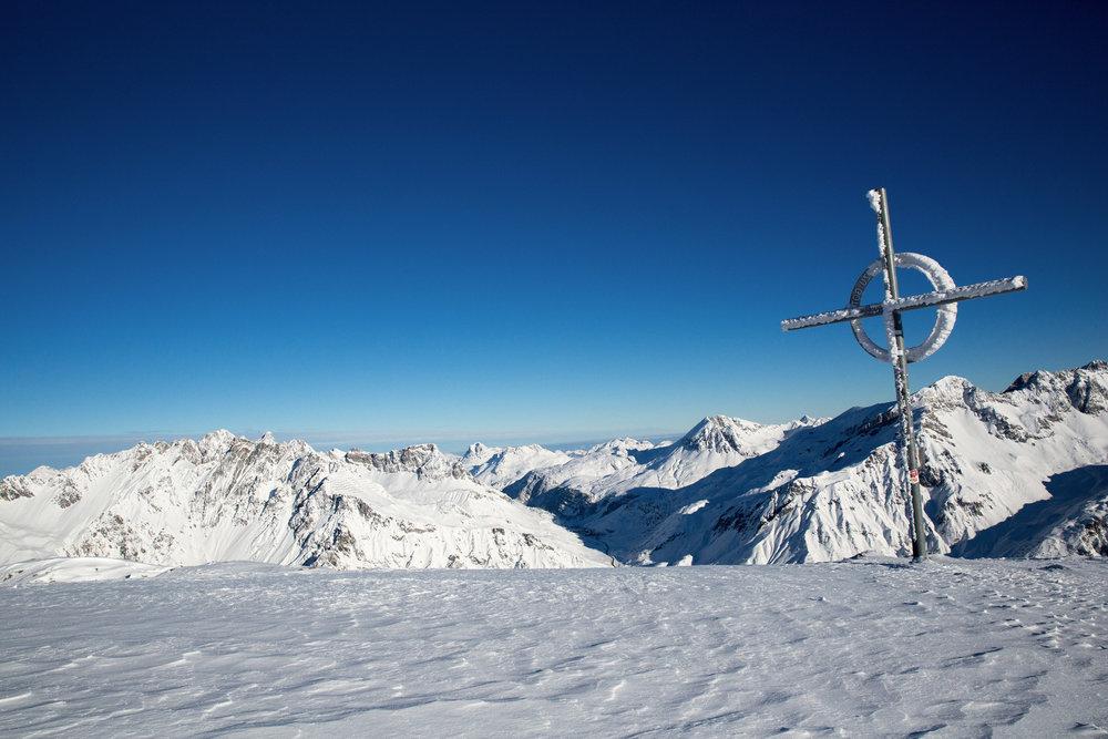 Gipfelkreuz bei Stuben - © Stuben Tourismus