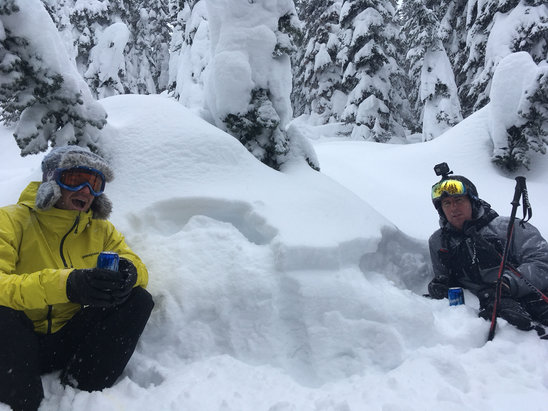 Big White - powder everywhere  - © iPhone