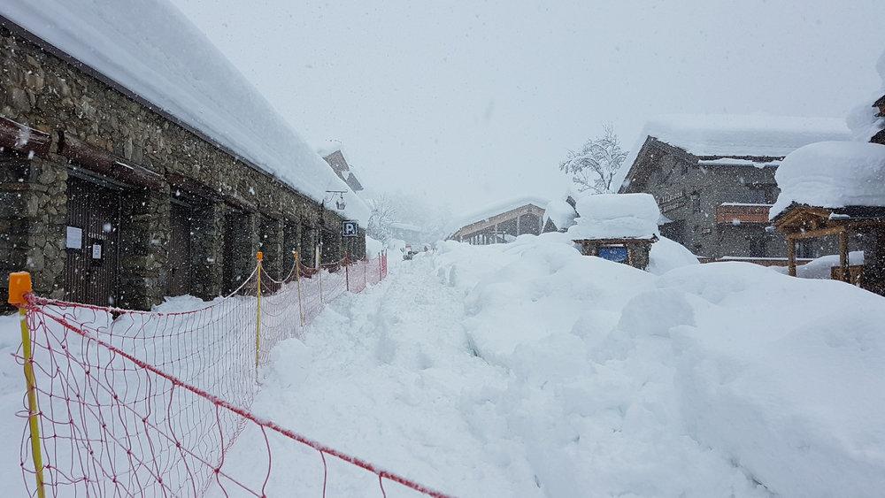 Après 48h de chute de neige à Bonneval sur Arc (8 et 9 janvier 2018) - © Pisteurrs secouristes de Bonneval sur Arc