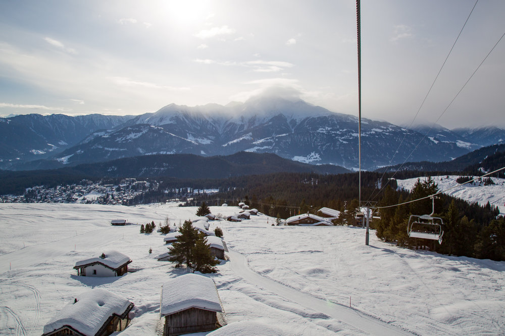 Auf dem Sessellift Richtung Naraus bei Flims - © Skiinfo