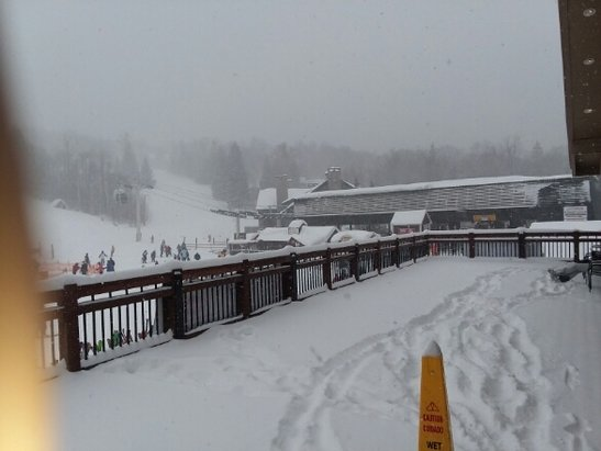 Stratton Mountain - Another pow day. It hasnt stopped snowing in a week. - © matt d