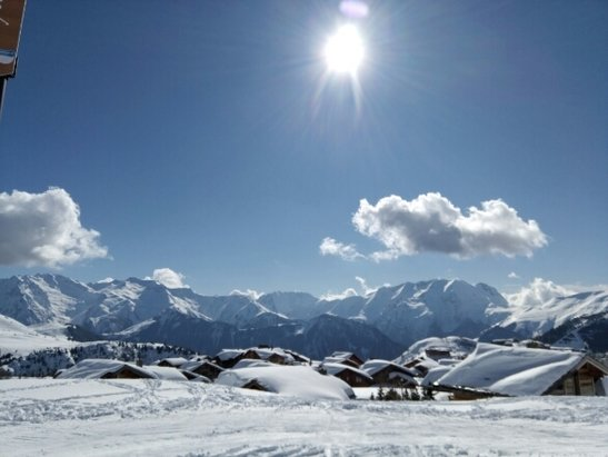 Alpe d'Huez - Depuis lundi plein soleil, station au top - © isa