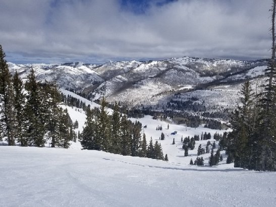 Solitude Mountain Resort - Some of the best skiing of the season - © Michael S.