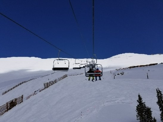 Arapahoe Basin Ski Area - The coverage is still amazing! conditions are as good as you can ask for in May! - © anonymous