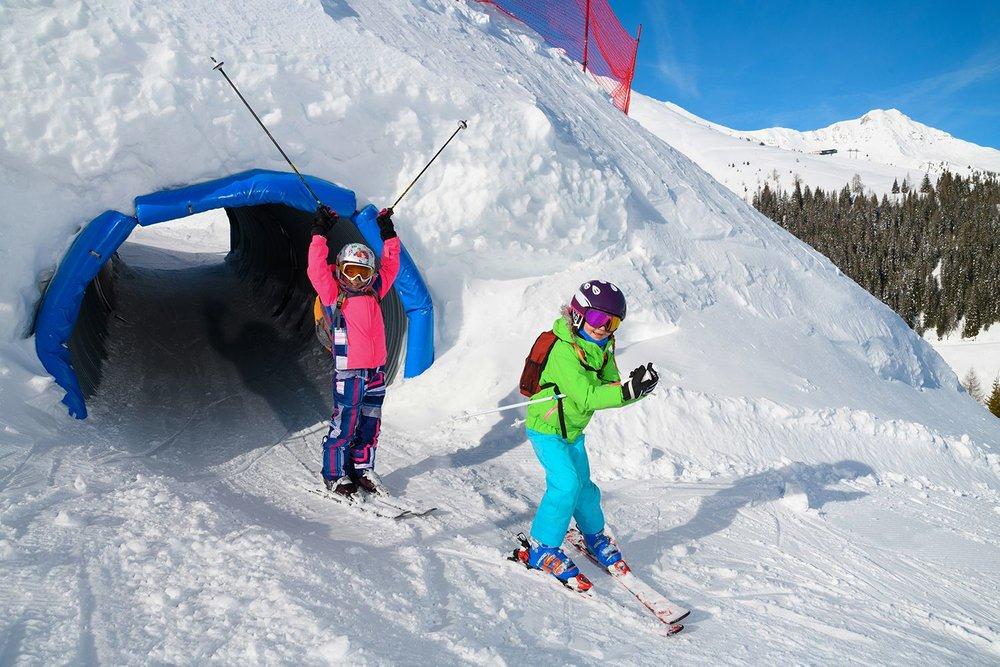 Für Kinder ist der Funslope im Skigebiet Rauris ein großer Spaß - © Michael Gruber_Tourismusverband Rauris