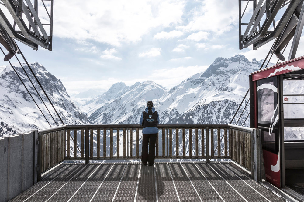 Vue panoramique depuis le sommet du téléphérique du Mont Bochor à Pralognan la Vanoise - © Guillaume Grasset