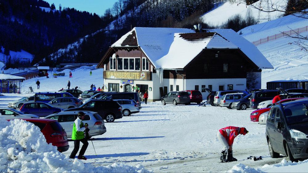Talstation im Skigebiet Sonnberglifte