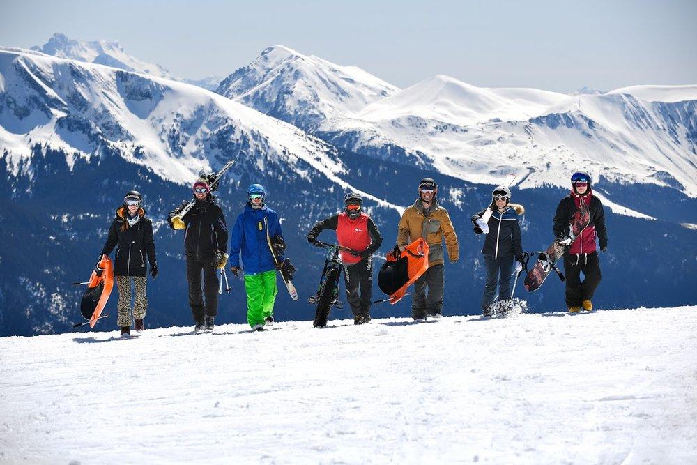 Ski, snowboard, luge, fatbike... le plaisir se conjugue au pluriel sur le Mountain park de Chamrousse - © Fred Guerdin / Office de Tourisme de Chamrousse