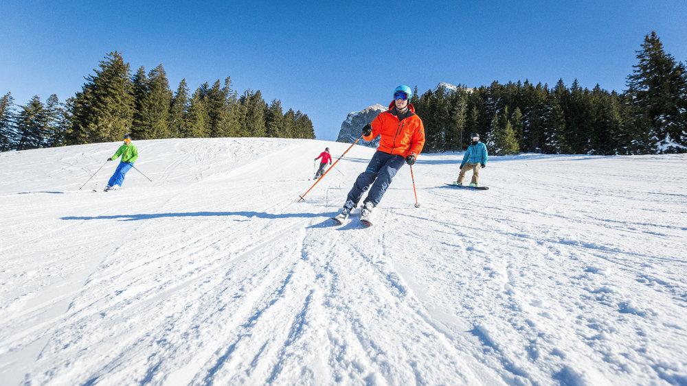 Breite Piste im Skigebiet Moléson-sur-Gruyères  - © Pascal Gertschen