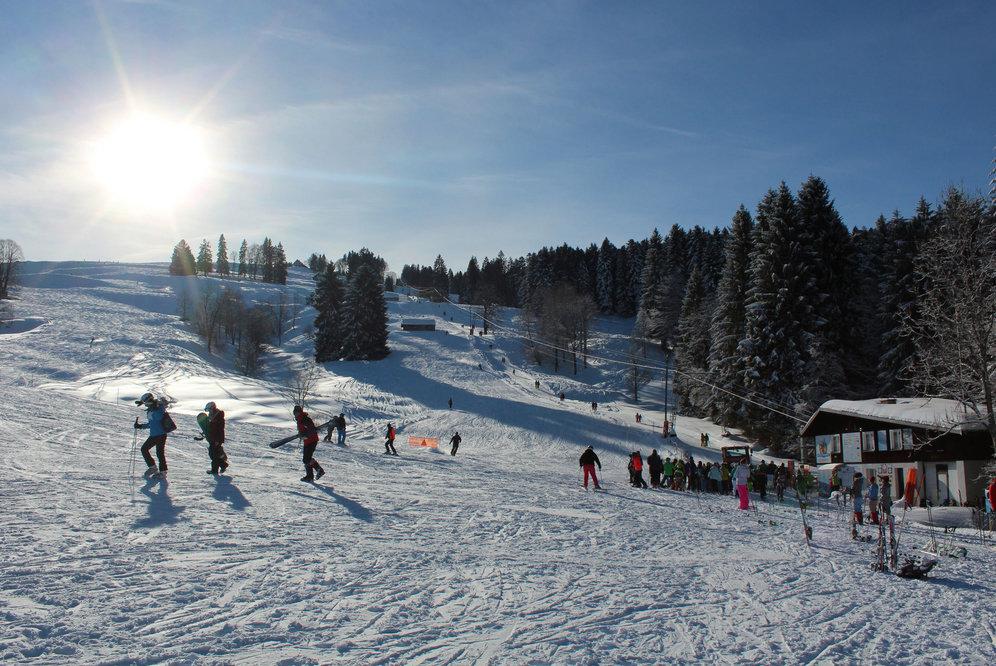 Winterliche Eindrücke aus dem Skigebiet Ebnat-Kappel (Skilift Tanzboden) - © Familienskilift Tanzboden Genossenschaft