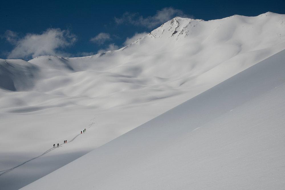 Sainte Anne la Condamine est aussi un haut lieu du ski de randonnée - © Manu Molle
