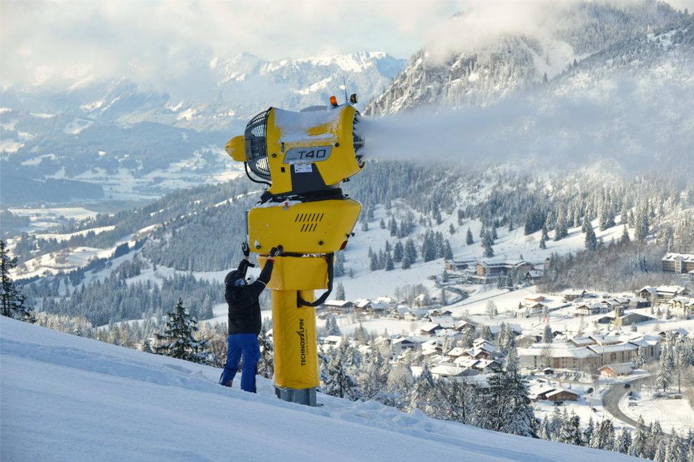 Schneeproduktion in Bad Hindelang - Oberjoch - © Bad Hindelang Tourismus/Wolfgang B. Kleiner
