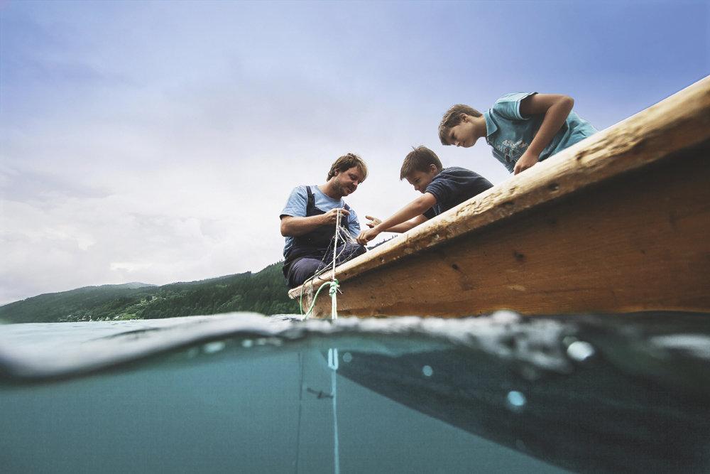 """""""Mein 1. Fang"""": Die Tradition des Netzfischens - © Kärnten Werbung, Sam Strauss"""