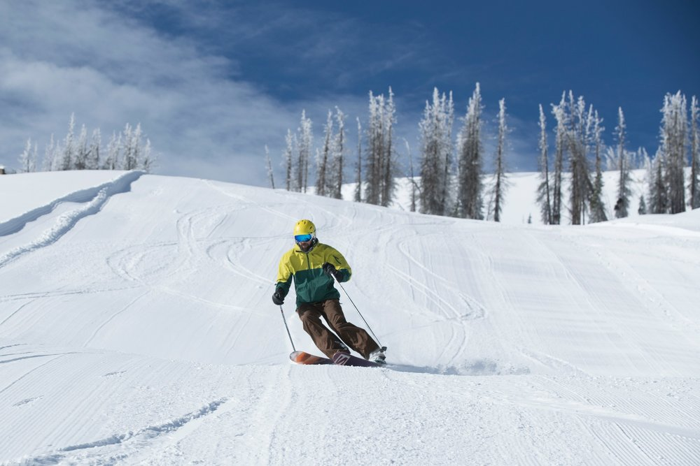 Some of the first turns of the 18/19 season were carved at Wolf Creek on October 13. - © Wolf Creek, Scott DW Smith