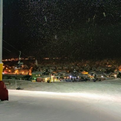 Angel Fire Resort - Night skiing Dec.27, 2018. - © Cruz Jimenez