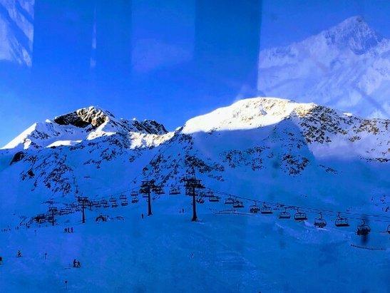 Glacier de Stubai - excellente neige, pistes  - © marieannick.thomas71