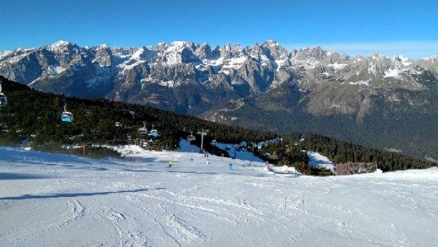 Andalo - Fai della Paganella - Neve solo sulle piste ma in  buonissime condizioni - © Anonimo