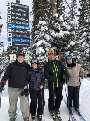 Crested Butte Mountain Resort - Great day of skiing with friends  - © anonymous