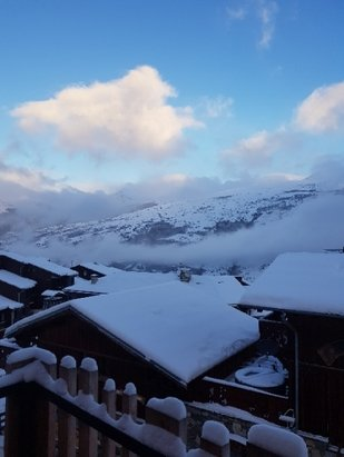 La Plagne - plenty of snow overnight leading to great ski conditions today - © Steven Palmer