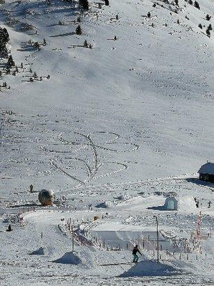 Obereggen - Pampeago - Predazzo - Dopo la nevicata di due giorni fa, oggi uno spettacolo. Piste preparatissime - © Maurizio