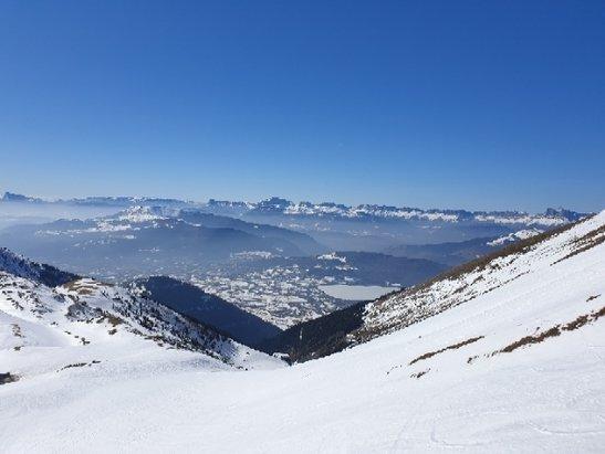 Alpe du Grand Serre - très beau soleil, piste au top attention en fin d'après midi la neige devient mole a cause du ☀️ - © anonyme
