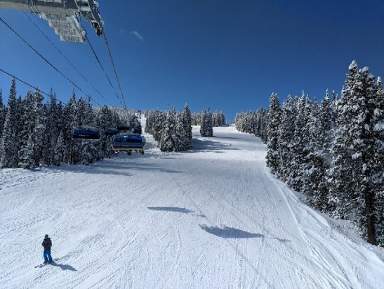 Copper Mountain Resort - It's copper, after a snow storm........no reason to go anywhere else.... - © Otto