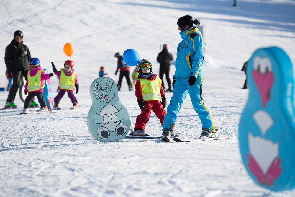 Kinderskischule in der Zillertal Arena - © Zillertal Arena | Johannes Sautner