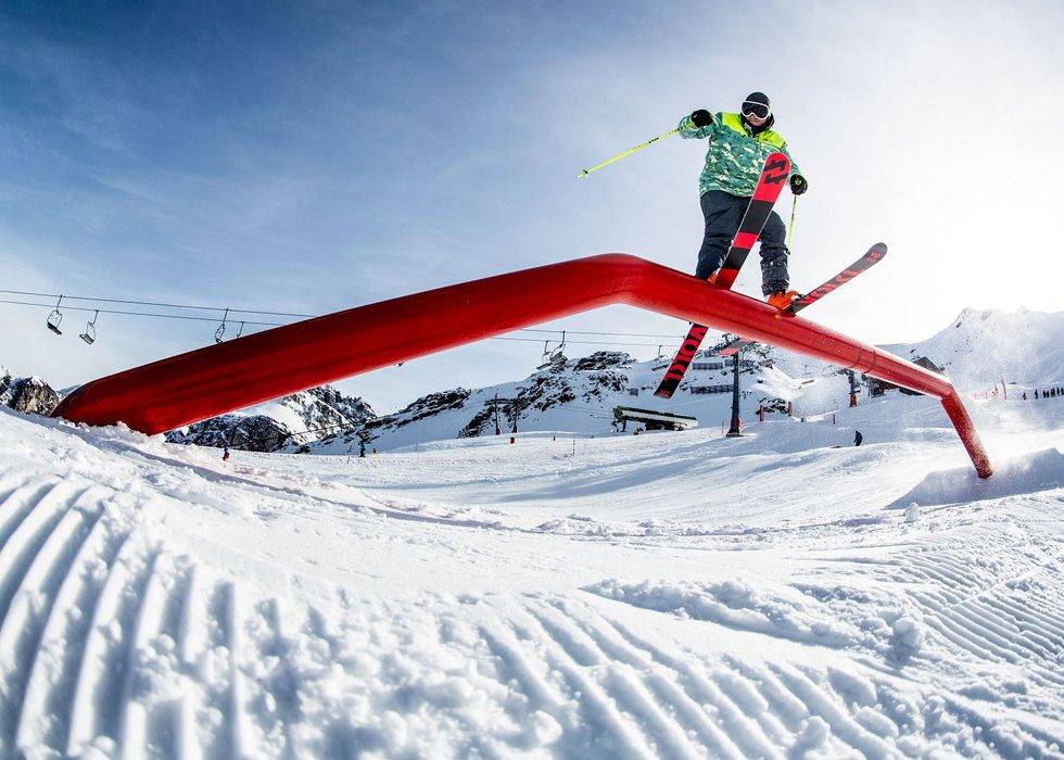 Freestyler im Snowpark Axamer Lizum - © Axamer Lizum