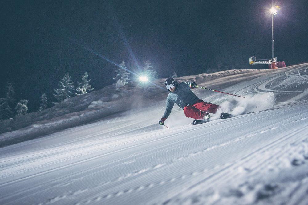 Nachtskilauf im Skigebiet 3 Zinnen Dolomiten - © 3 Zinnen Dolomites | Kottersteger