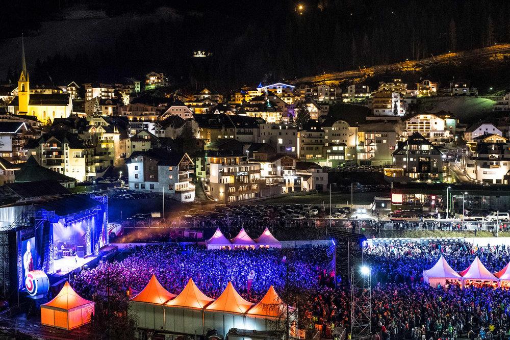 Das Top of the Mountain Opening Concert in Ischgl ist jedes Jahr ein Highlight zum Saisonstart - © TVB Paznaun – Ischgl