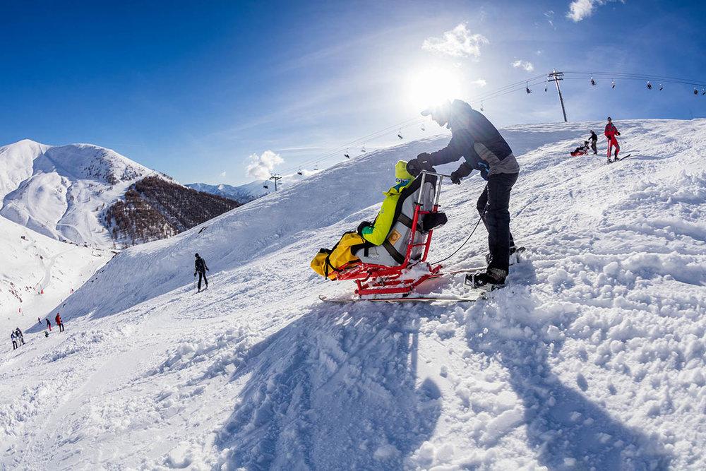 Handiski sur les pistes du Val d'Allos - © R. Palomba / Office de Tourisme du Val d'Allos
